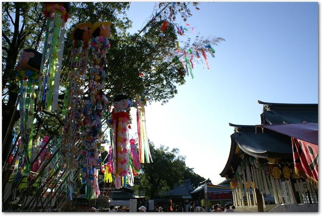 一宮七夕祭りの時の真清田神社の境内