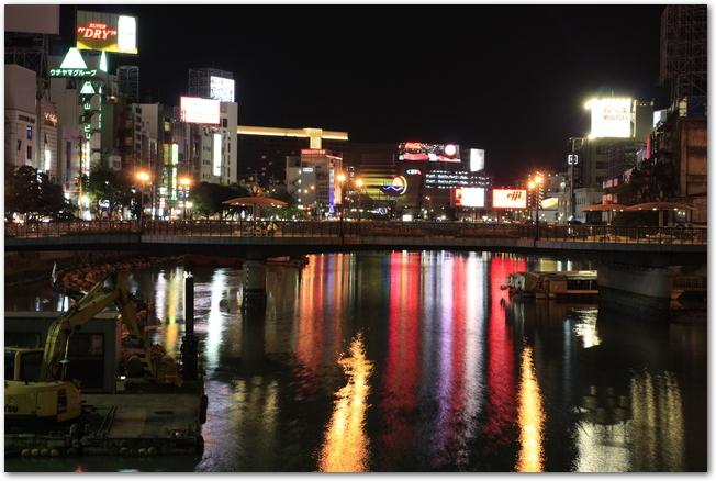 福岡県中州ラーメン屋台と夜景