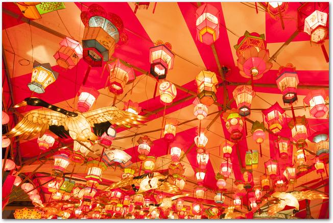 長崎ランタンフェスティバルの中国提灯の様子